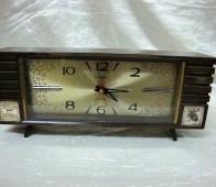 Ρολόι επιτραπέζιο   Rhythm  με μουσικό ξυπνητήρι 967bc8de8fa